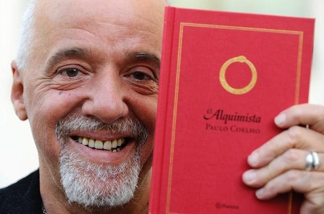 tac gia Paulo Coelho