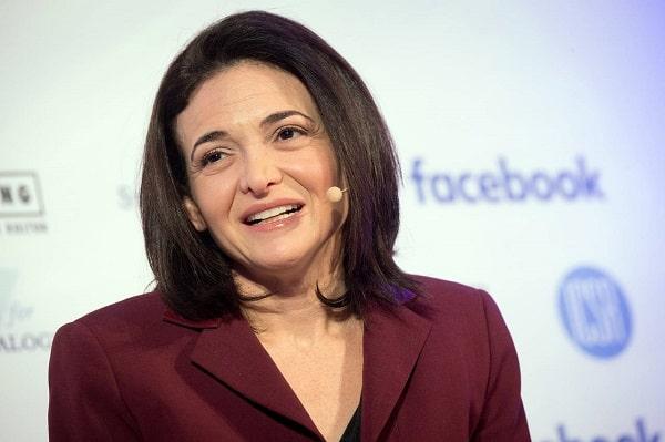 Sheryl Sandberg giam doc facebook